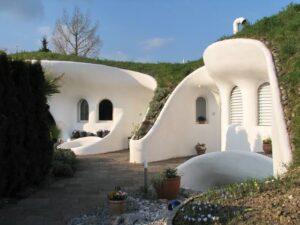 عجائب البيوت