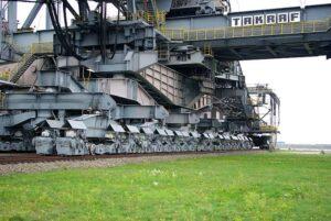 أكبر آلة متحركة في العالم