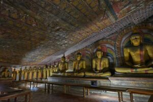 كهف معبد دامبولا