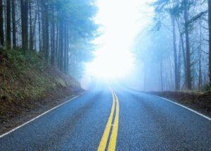 الطريق عكس الجاذبية