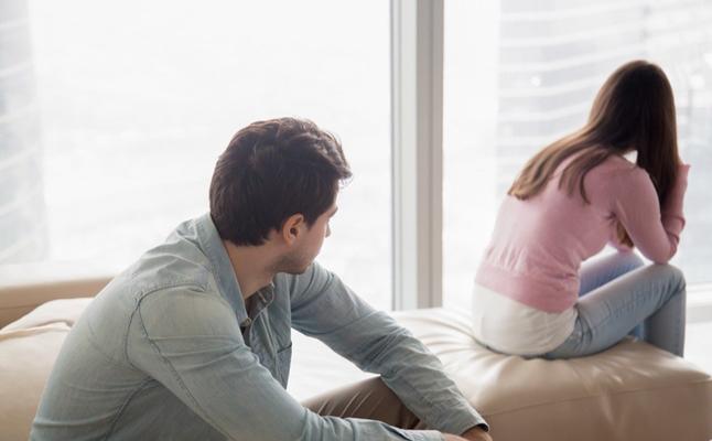 لماذا يزداد الرجل تعلقا بالمرأة التي ترفضه؟